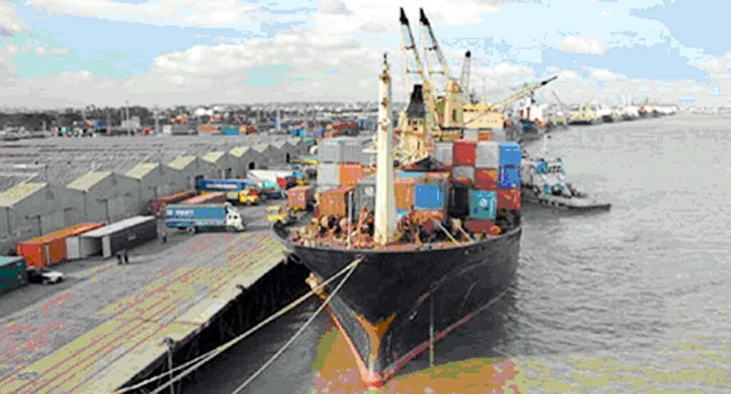 Cargo ships are less at Chittagong port