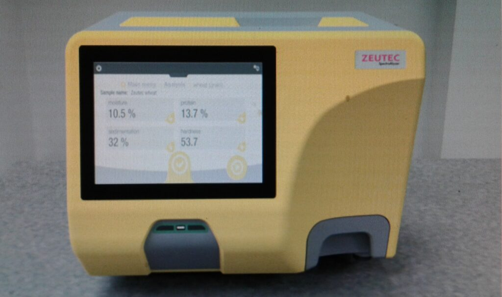 SpectraAlyzerGrain NEO – The ultimate solution for Grain Testing: Assuring grain quality from field to factory
