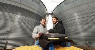 Husker undergrads won the national award for grain robots